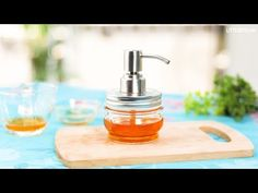 LITTLE DIY - YouTube Aloe Vera Face Wash, Aloe On Face, Diy Shampoo, Organic Shampoo, Shampoo Bar, Aloe Vera Shampoo, Extreme Hair Growth, Fresh Aloe Vera, Hair Care Recipes