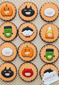 Round Halloween cookie designs.
