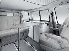 Volkswagen Rolls Out New Transporter T5 California Edition
