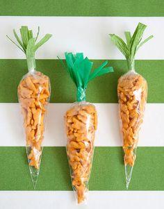 DIY Querbeet DIY Ostern Karotten Snack Taschen Acne- Does sunshine improve it? Easter Snacks, Easter Treats, Easter Desserts, Easter Recipes, Easter Lunch, Easter Food, Bunny Party, Easter Party, Easter Gift