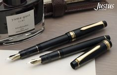 The Pilot Justus is its own unique combination of beauty and versatility. Equipped with an adjustable nib for a completely customizable writing experience! ‪#‎PowerToThePen‬