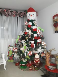 Christmas Interiors, Christmas Decorations, Holiday Decor, Christmas Snowman, Trees, Inspiration, Blog, Design, Home Decor