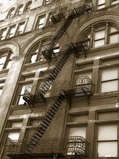 City slickers, what do you think. Fire escape or trendy look? #interiordesign #murals
