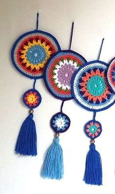 tpys wallpaper and The Most Beautiful Pictures at Pinteres It is one of the best… - Crochet Mode Crochet, Crochet Home, Diy Crochet, Crochet Crafts, Yarn Crafts, Crochet Projects, Motif Mandala Crochet, Crochet Circles, Crochet Stitches