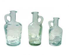 Llena estas bonitas aceiteras de cristal y degusta el aceite en todas tus comidas.