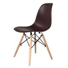La silla New Tower blanca está realizada con patas de madera de haya ideal para casi cualquier estancia de su casa. En venta al mejor precio en nuestra tienda online Ventamueblesonline.es