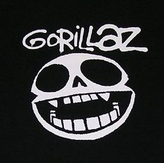 This afternoon a sort of offhand mention of the next Gorillaz album in a chat with Damon Albarn has set social networks on fire. Gorillaz Noodle, The Beatles, Jamie Hewlett Art, Sunshine In A Bag, Guns N' Roses, Black And White Google, Rock Band Logos, Album Covers, Cartoon Wallpaper