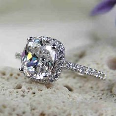oh sweet baby jesus... hello Engagement ring.