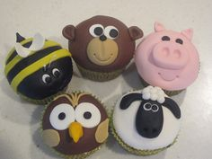 Animal Cupcakes by L3 Cake Creations, via Flickr