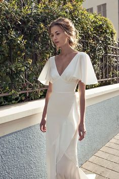 Perfect Spring Outfits to Wear Now Vol. 2 Perfect spring outfits, now wearing 2 of 50 New Wedding Dresses, Prom Dresses, Formal Dresses, Silky Wedding Dress, Wedding Shoes, Wedding Rings, Pretty Dresses, Beautiful Dresses, Amazing Dresses