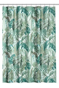 Sieh's dir an! Duschvorhang aus wasserabweisendem, bedrucktem Polyester. Metallösen zum Aufhängen. Die Vorhangringe sind separat erhältlich. – Unter hm.com gibt's noch viel mehr.