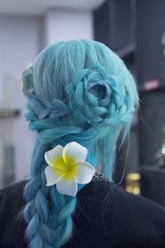 Blue Blue Hair ! #hair #makeup #partyqueenbeauty