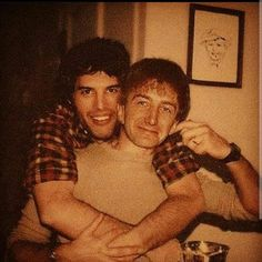 Freddie and John Queen Freddie Mercury, Freddie Mercury Quotes, Queen Pictures, Queen Photos, Queen Band, John Deacon, Michael Jackson, Funny Videos, The Rock