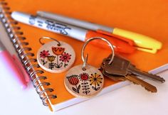 """Keychains for gifts! And gives me an excuse to buy a mondo set of Sharpies. }:-) """"sharpie-projects"""""""