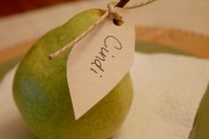 Thanksgiving name tags & table setting