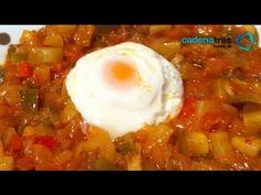 Receta para preparar huevos ponchados en salsa de tomate. Receta de huevos / Receta de salsa