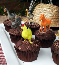 Farm Animal Dirt Cupcakes