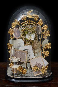 """19thC French """"Souvenir de Famille"""" Globe"""