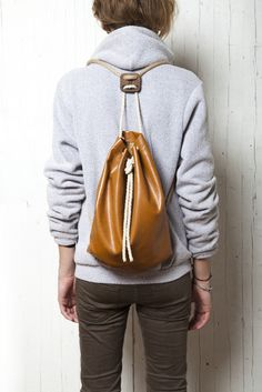 Isafrosty backpack - so perfect! (thanks to @Valentina Tettamanti)