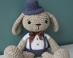 PATTERN - Mister Bunny, crochet amigurumi toy