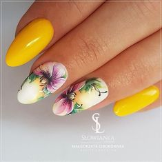 nail art designs and colors for summer nails in 2 Flower Nail Designs, Flower Nail Art, Nail Art Designs, Diy Nails, Cute Nails, Pretty Nails, Nagellack Trends, Manicure E Pedicure, Dream Nails