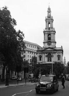 London . St Mary-le-Strand