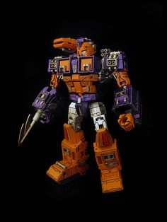 Wrecker Impactor | Flickr - Photo Sharing! Transformers Action Figures, Transformers Toys, Beast Machines, Transformers Cybertron, Battle Robots, Transformer 1, Revenge Of The Fallen, Last Knights, Marvel Comics