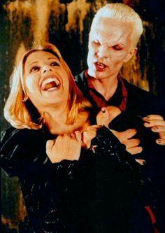 Obrigada, NETFLIX <3 Buffy the Vampire Slayer. Quem não gosta de uma boa história de vampiros não é gente fina!