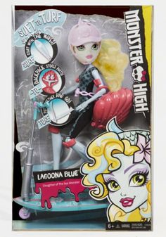 Monster High Welcome to Monster High Draculaura doll Credit