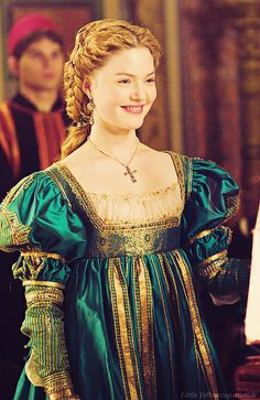 Lucrezia Borgia played by Holliday Grainger on The Borgias  Another Italian gown -- just beautiful!!!