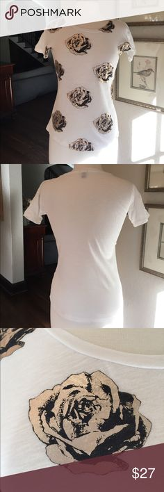 J Crew short sleeve T-shirt w/ gold metallic roses J Crew white short sleeve T-shirt with gold metallic and black roses on the front side, blank white on back. Neckline to hemline 19 1/2 inches. Armpit to armpit 19 inches. Excellent condition smoke-free home J. Crew Tops Tees - Short Sleeve