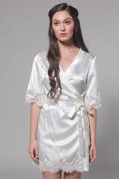 146ef3f675 Robe for Bride Robe for Bridesmaid Lace Bridal Robe Wedding