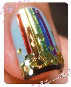 Patrick's Day nail art - Pot 'O Gold St. Patrick's Day nail art - Pot 'O Gold Get Nails, Love Nails, How To Do Nails, Pretty Nails, Hair And Nails, Fete Saint Patrick, Nail Art Designs, Do It Yourself Nails, St Patricks Day Nails