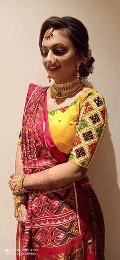 Choli Blouse Design, Choli Designs, Fancy Blouse Designs, Bridal Blouse Designs, Blouse Neck Designs, Handmade Embroidery Designs, Mirror Work Blouse Design, Hand Embroidery Dress, Kutch Work
