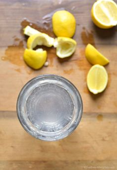 Benefits of Lemon Water | http://shewearsmanyhats.com/benefits-of-lemon-water/