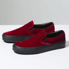 6da23270b5 Vans Velvet Slip-On (190 BRL) ❤ liked on Polyvore featuring shoes
