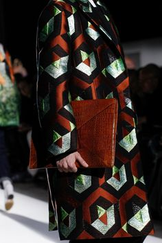 Dries Van Noten Fall 2017 Ready-to-Wear Accessories Photos - Vogue