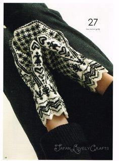 Hand Knit Mittens Japanese Knitting Pattern by JapanLovelyCrafts