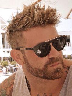 short hairstyles for men | undercut + beard http://www.hairstylo.com/2015/07/short-hairstyles-for-men.html
