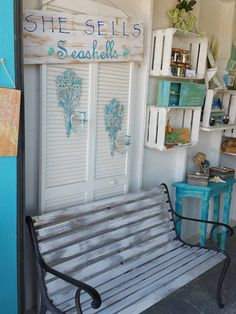 Dixie Belle Paint is the, Easy Peasy, Mineral-based, chalky type Paint      #DixieBellePaint
