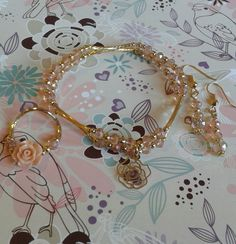 juego de pulsera aretes y anillo en chapa de oro