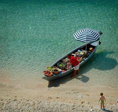 explore-the-earth:  Gradac, Croatia