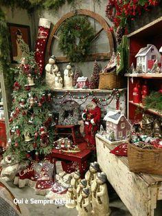 Christmas, christmas christmas in the country, noel christmas, christ Christmas Booth, Noel Christmas, Primitive Christmas, Country Christmas, White Christmas, Christmas Wreaths, Christmas Decorations, Xmas, Christmas Store Displays