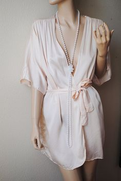 Vintage Peach Pink All Silk Robe by Lasoie by LingerieAddicts, $26.50
