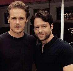 Couple of Hotties right here!! - Sam Heughan and Richard Rankin at the San Diego Comic Con festival - Outlander_Starz Season 3 Voyager - July 21st, 2017