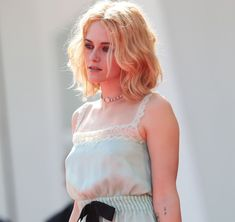 Kristen Stewart Movies, Celebrity Crush, Her Hair, Actors & Actresses, Camisole Top, Flower Girl Dresses, Hollywood, Photoshoot, Style Inspiration