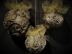 Pomysły plastyczne dla każdego, DiY - Joanna Wajdenfeld: Jak zrobić bombki by wyglądały jak ze starego złot...