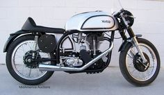 This was the ultimate in racing technology: bevel-driven dual overhead cams, Featherbed Frame, Roadholder Forks, TLS front brake & classic Norton colors. Norton Bike, Norton Cafe Racer, Norton Manx, Norton Motorcycle, Cafe Racer Motorcycle, Motorcycle Images, Classic Motorcycle, Motorcycle Art, British Motorcycles