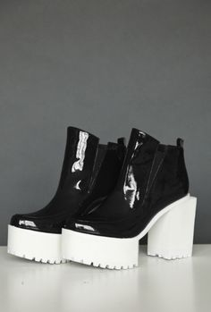 Jamie Wei Huang Black Patent SQUARE platform HIGH HEEL ANKLE BOOTS