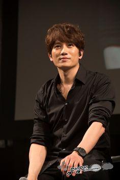 チソン東京FM (4)のコピー Korean Male Actors, Korean Celebrities, Asian Actors, Lee Bo Young, Korean Star, Korean Men, Ji Song, Seo Ji Hye, Korean Drama Quotes